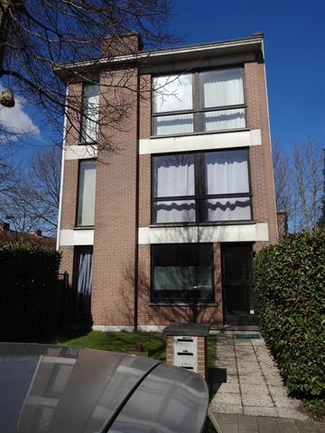 Huisappartementsgebouw te Edegem, Gebroeders van Raemdoncklaan 17