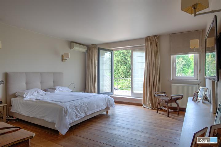 Huisvilla te Antwerpen Wilrijk, Mezenlaan 17