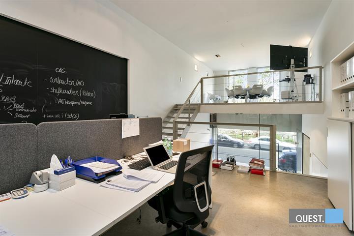 Commercieelcommercieel gelijkvloers te Antwerpen, Vlaamsekaai 85