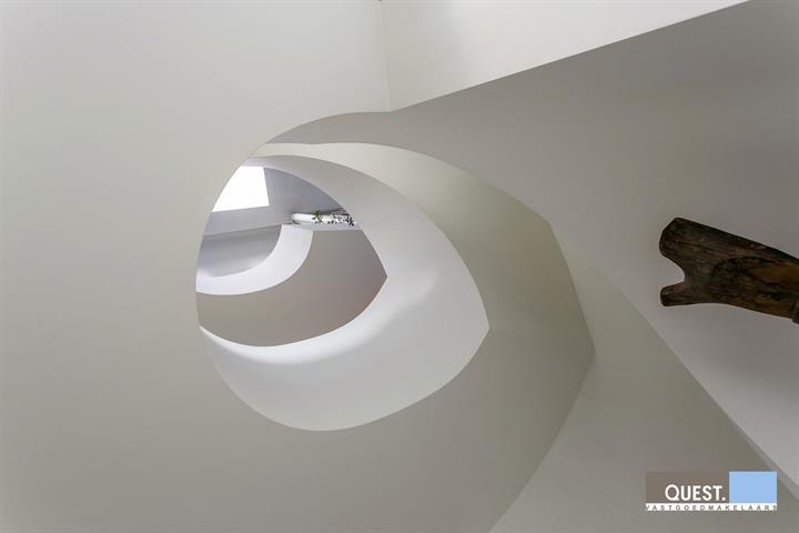 Huisbuitengewoon huis te Antwerpen Wilrijk, Acacialaan 40