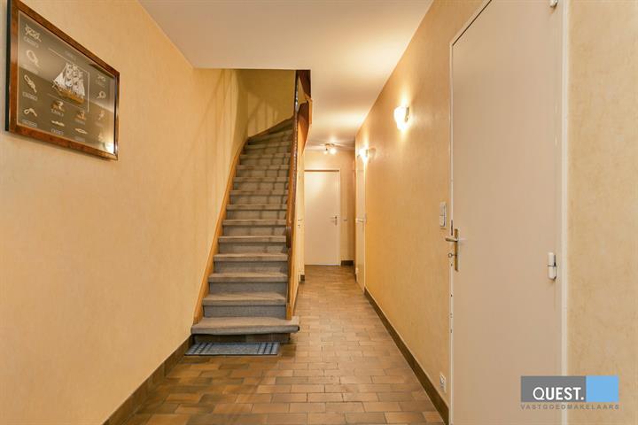 Huisbel-etage te Antwerpen Wilrijk, Sint-Augustinuslaan 11