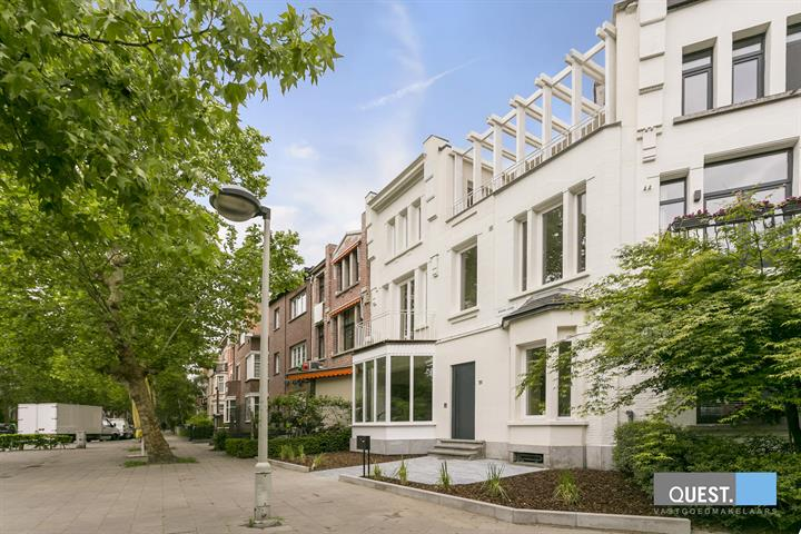 Huishuis te Antwerpen Berchem, Marie-Joselaan 31