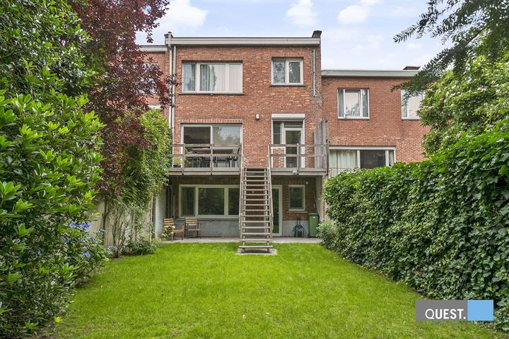 Huisbel-etage te Antwerpen Wilrijk, Keizershoevestraat 14